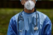 Referencial sobre personal médico que atienden la pandemia en Colombia.