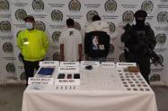 A los procesados también le fueron hallados municiones y sustancias alucinógenas.