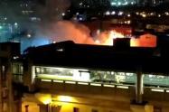 Incendio de taller de motos en el centro de Medellín