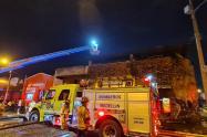 Una chatarrería se quemó en el centro de Medellín