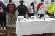 Siete personas más fueron capturados en este operativo.