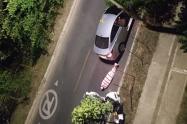 La persona responsable iba en el mismo vehículo con la víctima.
