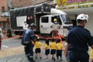 Evacúan una guardería con 42 niños por fuga de gas en Sabaneta, Antioquia