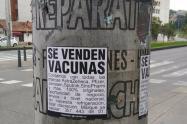"""""""Se venden vacunas"""": el cartel que puso en alerta al Ministerio de Salud"""