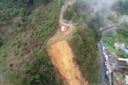 Derrumbe en Antioquia, vía El Retiro-La Ceja.