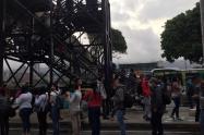 Habilitan estaciones Tricentenario y Acevedo para contener emergencia del Metro