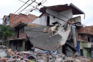 Colapso de una vivienda en el barrio Robledo de Medellín.