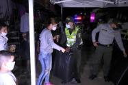 La Policía entregó ayudasa 60 familias afectadas por las lluvias en Itagüí, Antioquia