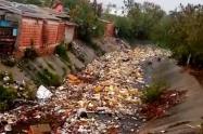 Río de basuras en Barranquilla