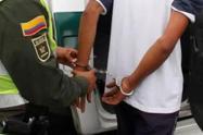 Las autoridades judiciales imputaron cargos contra el adolescente.