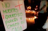 Comunidad de San Javier y Santa Cruz realizaron una velatón por la policía