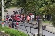 Un vehículo destruido y disturbios en el Parque de los Deseos tras una nueva jornada de marchas