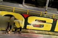 Ejército dice desconocer quién borró el polémico mural pintado en las marchas de Medellín