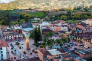 Un joven fue asesinado por motorizados cuando llegaba a su casa en el Carmen del Viboral, Antioquia