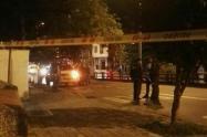 Fue a reclamar por el hurto de su moto y casi lo matan en el occidente de Medellín