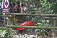 Hallan cadáver metido en un caño en el occidente de Medellín