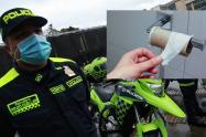 codigo de policia en colombia tenderos obligados a prestar baño