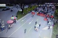 Bloqueos en vías de Medellín durante las marchas del paro nacional.