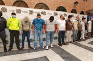 Diez presuntos integrantes de la banda criminal 'Las Convivir del Centro' de Medellín.
