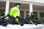 Incautan en Medellín 31 fusiles del Clan del Golfo