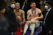 Neymar, Messi y Paredes