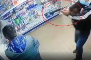 Crudos y violentos videos del asesinato de tres personas en una droguería