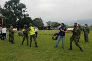 Entrega de ayudas humanitarias a Ituango, Antioquia.