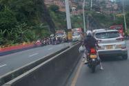 La Secretaría de Movilidad de Medellín adelanta las investigaciones para establecer las causas que llevaron a este accidente de tránsito.