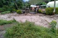 174 familias afectadas, cuatro lesionados leves y una vivienda destruida, dejan las fuertes lluvias en Antioquia