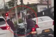 Ladrones de Medellín le sale más barato adquirir armas traumáticas que reales