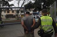 El conchudo que tenía casa por cárcel y lo cogieron con moto robada en Medellín