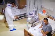 Paciente confundió a enfermero con fantasma