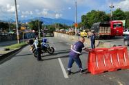 Inundación por daño de tubería en la carrera 65