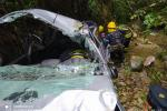 Imágenes del rescate milagroso a dos mujeres que cayeron a un abismo en La Estrella, Antioquia