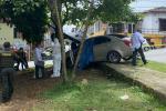 A punta de bala enciende a conductor en La Estrella, Antioquia