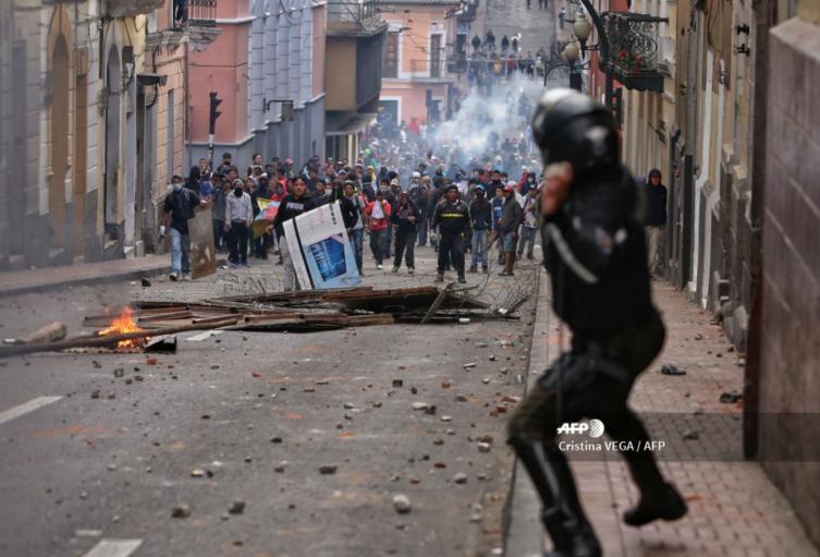 Violentas protestas en Ecuador