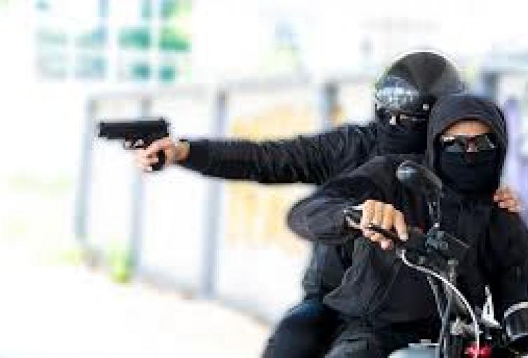 Referencia de sicarios en moto