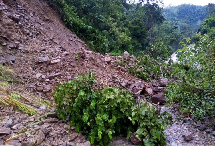 Derrumbe en la vía Cáchira-Bucaramanga