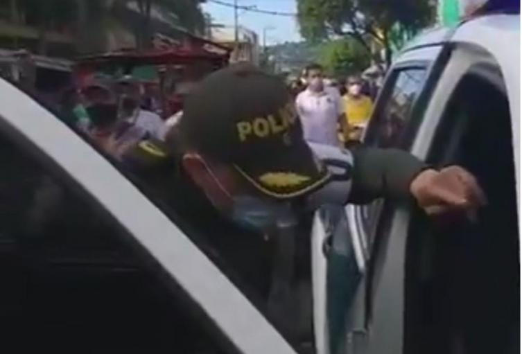 Policía llora en Cúcuta por desobediencia de las personas frente al Covid-19