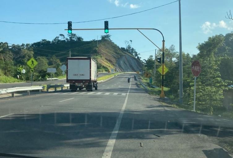 Semáforo autopista