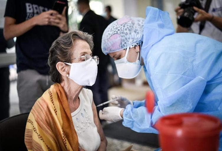 En Bucaramanga han sido vacunadas más de 22 mil personas.