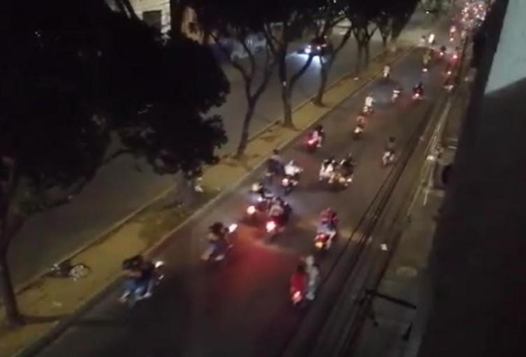 Caravana de motociclistas en Bucaramanga violó toque de queda