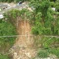 Mientras se supera la emergencia el aguas se distribuye en carrotanques.