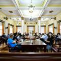 La Alcaldía de Bucaramanga anunció que serán incorporados 300 nuevos policías y que serán asignados 100 gestores de convivencia en las zonas más críticas de la capital.