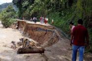 Vía Convención-El Tarra afectada por creciente de río Catatumbo