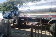 Carro-tanques para suministrar agua potable en Tibú