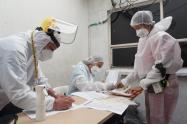 Se aplican pruebas PCR y de antígeno