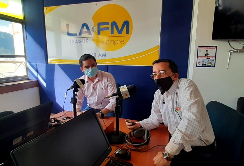 César Fabián Yáñez, en La FM