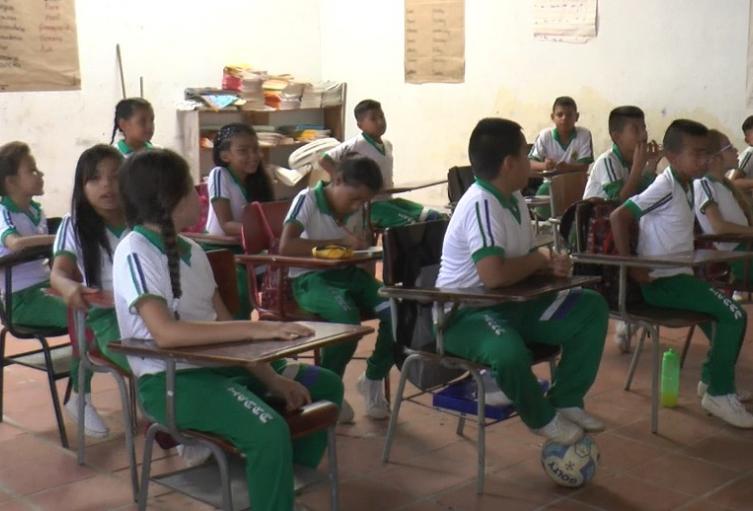 Estudiantes en los colegios