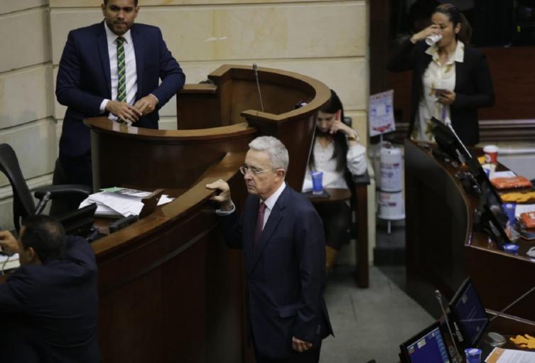 Senador Álvaro Uribe Vélez